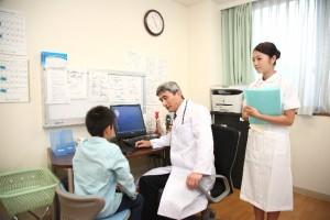 虫垂炎(盲腸)の検査とは?病院の何科へ行けばいい?