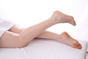 むずむず脚症候群の4つの症状!原因は一体なに?