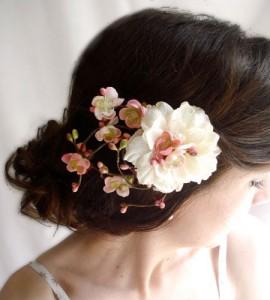 成人式の生花 髪飾りの作り方!簡単に華やかさをアップ♪
